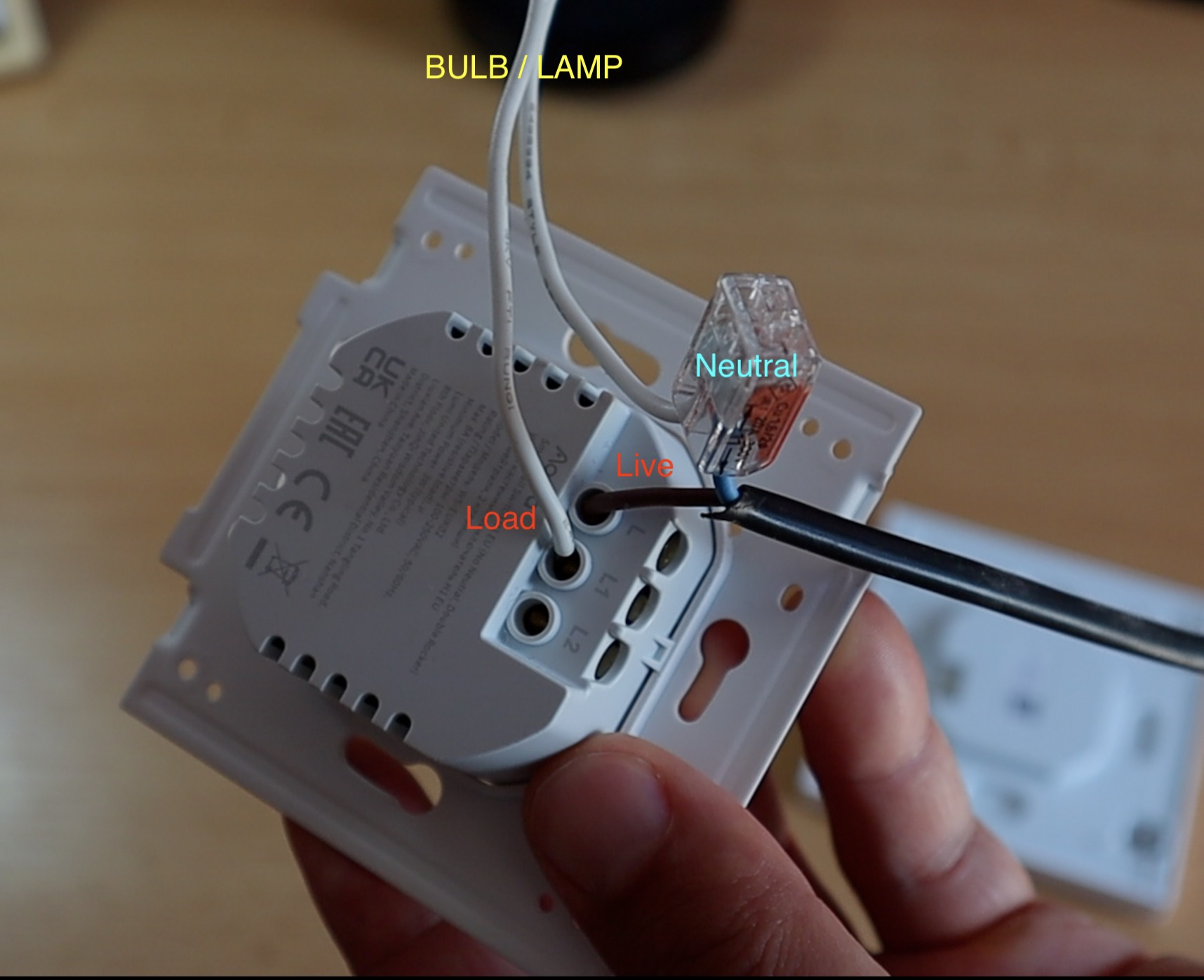 Double Rocker Smart Switch - No Neutral Wiring (only on of the Rockers are connected)